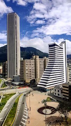 Costado sur del Centro Internacional, Edificio Colpatria Carreras 7a y 10a con Avenida 26, en la parte baja, La Rebeca. Bogotá, D.C.