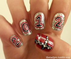 <img> happy new year! New Years Eve Nails, Sexy Nails, New Year's Nails, Practical Gifts, Nail Pro, Ring Finger, Trends, Pretty Nails, How To Look Pretty