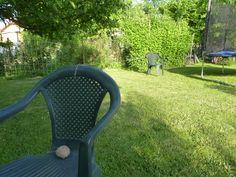 Balónová raketa - zábavný pokus pre deti Outdoor Chairs, Outdoor Furniture, Outdoor Decor, Home Decor, Decoration Home, Room Decor, Garden Chairs, Home Interior Design, Backyard Furniture