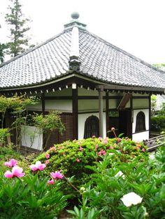 Yoshiminedera temple, Kyoto 徳川五代将軍綱吉の生母・桂昌院ゆかりの京都の西山三山(善峯寺・光明寺・楊谷寺)のひとつ 善峯寺