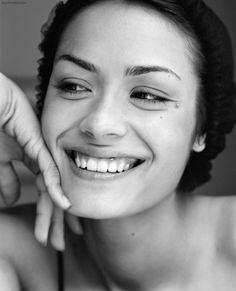 Shannyn Sossamon; gorgeous