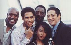 Aaliyah and her brother Rashad behind the scenes of Romeo Must Die . Rip Aaliyah, Aaliyah Style, Aaliyah Singer, Isaiah Washington, Black Love, Black Is Beautiful, Beautiful People, Brice Lee, Afro