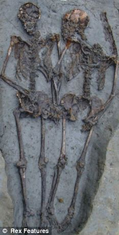 the Roman couple have been holding hands for 1,500 years ....    ...very sweet..