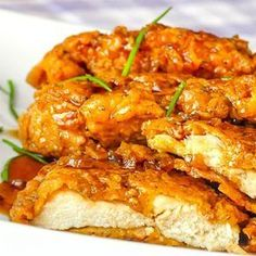Double Crunch Honey Garlic Chicken Breasts - still the NUMBER 1 recipe from the past 10 years on Rock Recipes. Millions of views online.and for good reason. The best honey garlic chicken ever! Honey Garlic Sauce, Honey Garlic Chicken, Oven Chicken, Crispy Chicken, Honey Chicken Recipes, Chicken Recipes With Sauce, Fried Chicken, Chicken Breats Recipes, Hoisin Chicken
