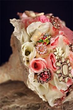 Brooch Bouquet : 10 inch wide pink & ivory bouquet with silk rosebuds and brooches