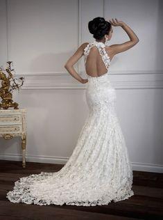 Lace open back wedding dress. WOW. Gorgeous!
