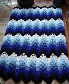 crochet afghans patterns [Stunning] Mountain Mist Crochet Afghan – Free Pattern - Using the double crochet and the cluster stitches, you can make this beautiful free crochet afghan pattern. Crocheted Afghan 003 by CrochetDan, This looks awesome! Today w Crochet Ripple, Crochet Afgans, Crochet Quilt, Afghan Crochet Patterns, Baby Blanket Crochet, Double Crochet, Crochet Baby, Knitting Patterns, Ravelry Crochet