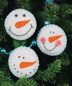 Easy-To-Sew Felt Holiday Ornament Kits