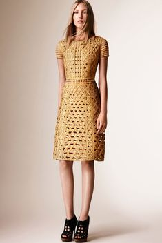 Burberry Prorsum - Resort 2016 - www.so-sophisticated.com