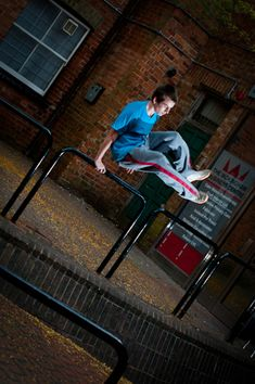 60+ Heart Stopping Elements of Movement: Le Parkour Photography | Design Inspiration. Free Resources  Tutorials