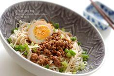 Minced Pork Noodles 滷蛋肉燥麵吧 | 小小米桶