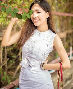 Traditional Dresses Designs, Myanmar Dress Design, Myanmar Traditional Dress, Fashion Terms, Colourful Outfits, Sexy Asian Girls, Hottest Models, Asian Fashion, Dress Collection