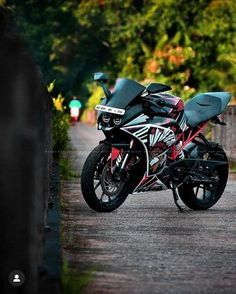 ⚡Black bike motorcycle with reddish red colour background CB Picsart Editing Background Full HD Desktop Background Pictures, Blur Photo Background, Studio Background Images, Background Images For Editing, Light Background Images, Picsart Background, Background For Photography, Natural Background, Hd Background Download