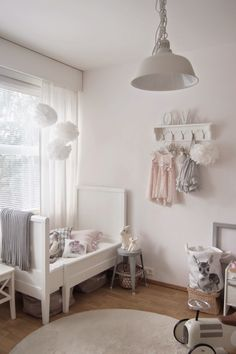 Love this room.  #simple-elegance #petite-plume