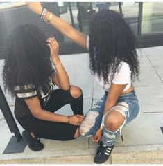 Find images and videos about hair, goals and curls on We Heart It - the app to get lost in what you love. Go Best Friend, Best Friend Goals, Best Friends Forever, Bff Goals, Squad Goals, Hair Goals, Curly Hair Styles, Natural Hair Styles, Poses