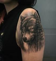 Image result for tatuaje lobos realismo