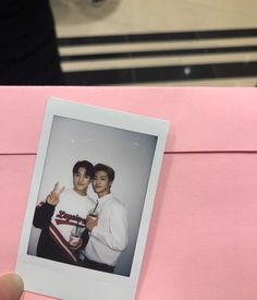 jeno and jaemin 💚 Kpop Aesthetic, Pink Aesthetic, Nct Dream Chewing Gum, Nct Dream Chenle, Nct Group, I Luv U, Kpop Merch, Jaehyun Nct, Jung Woo