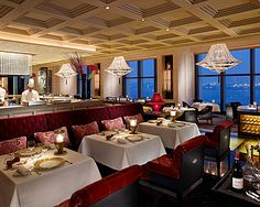 | Hong Kong Top 5 Romantic Restaurants for Valentine's Day