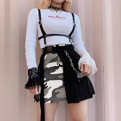 Pss lo que dice el titulo # Fanfic # amreading # books # wattpad Teen Fashion Outfits, Stage Outfits, Kpop Outfits, Edgy Outfits, Korean Outfits, Grunge Outfits, Cute Fashion, Girl Fashion, Girl Outfits