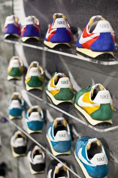 Nike Vintage Running In Store Campaign AW LAB Vicenza SHOP ONLINE: http://www.athletesworld.it/nike-retro-running STORE LOCATOR: http://www.athletesworld.it/store-locator