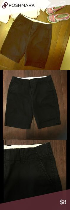 Gap Black Bermuda Chino Shorts Cute Bermuda shorts perfect for fall. Re-poshing because they didn't fit me. (I was overly optimistic 😉) Faded black super soft chino material. The edges of the hem on both legs are a little worn. Honestly not sure if that isn't how they came because it looks to neat and tidy to be accidental. Doesn't detract from overall look at all. Wish I could keep them! GAP Shorts Bermudas