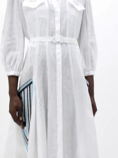 Gabriela hearst's equal focus on sustainability and craftsmanship is imbued into this white woodward shirtdress. It's made in italy from the label's s Bikini Outfits, Fashion 2020, Fashion Trends, Slouchy Tee, Linen Dresses, Shirt Dress, Blouse, Contemporary Fashion, Mode Style