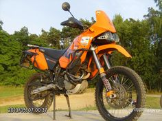 ktm 640 adventure - Google Search Ktm Adventure, Ktm 690, Ktm Duke, Mopeds, Traveling, Therapy, Bmw, Google Search, Vehicles
