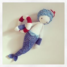MICI the mermaid made by tendrescaptures / crochet pattern by lalylala