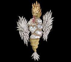 Para celebrar la llegada de la fiesta del Dragón del agua, el creador y joyero Gianmaría Buccellati ha creado esta maravilla....respetando los símbolos de la cultura ancestral.