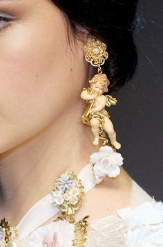 Dolce & Gabbana at Milan Fashion Week Fall 2012 earring details. http://www.stylebistro.com/runway/Milan+Fashion+Week+Fall+2012/Dolce+Gabbana/Details/J_BnloQcoQa #Jewelry