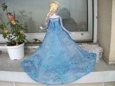 Disney Frozen, Elsa doll   Flickr - Photo Sharing! #frozen #disney #disneyfrozen