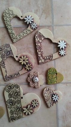 Most current Snap Shots Slab Pottery ornaments Strategies (notitle) – My Style – Ceramic Jewelry, Ceramic Clay, Polymer Clay Crafts, Polymer Clay Jewelry, Pottery Lessons, Pottery Painting Designs, Play Clay, Heart Crafts, Clay Ornaments