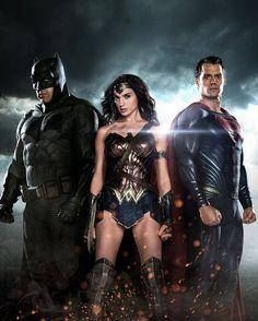 DC Trinity: Batman, Wonder Woman & Superman // artwork for Total Film Magazine (2015) A high defintion textless shot of the cover for Total Film Magazine out this month.
