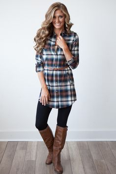 Have been wanting to try a plaid tunic over leggings. Still searching for the perfect black cotton leggings. Plaid Shirt Outfits, Cute Dress Outfits, Moda Outfits, Flannel Dress, Plaid Tunic, Legging Outfits, Plaid Shirts, Plaid Dress, Plaid Flannel