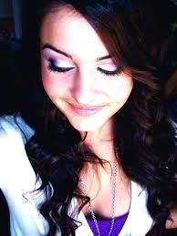 Dear Lisa, your so beautiful, and your tweets are so inrspring! I just love youu<3
