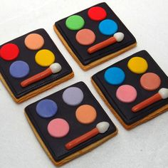 makeup cookies! I'll have to remember this for Lulu's next birthday.
