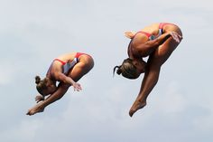 Samantha Pickens and Amanda Burke of USA compete in the Women's 3m Springboard Synchronised Diving final on day one of the 15th FINA World Championships at Piscina Municipal de Montjuic on July 20, 2013 in Barcelona, Spain.