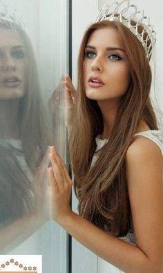 Andjelka Tomasevic is the new Miss Universe Serbia 2014 - Beauty Pageant News Helen Gurley Brown, Most Beautiful, Beautiful Women, Beauty Contest, Glamour, Loose Hairstyles, Beauty Pageant, Pretty Eyes, Beauty Queens