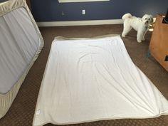 Easy Bunk Bed Sheets - Hugs, Kisses and Snot Caravan Ideas, Camper Ideas, Beddys Bedding, Custom Bunk Beds, Bunk Beds Built In, Camping Toilet, Caravan Renovation, Camper Hacks, Bonus Rooms