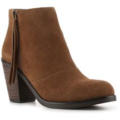 Crown Vintage Flynn Bootie ($70) ❤ liked on Polyvore featuring shoes, boots, ankle booties, ankle boots, vintage ankle boots, crown vintage boots, vintage boots and ankle bootie boots