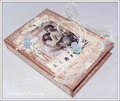 Mariannes papirverden.: Telyskort - Pion Design