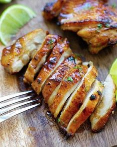 Honey Lime Chicken - crazy delicious chicken with honey lime. The BEST chicken that you can make for your family, takes only 20 mins! I made this last night and it was Delicious! Lime Chicken Recipes, Honey Lime Chicken, Recipe Chicken, Low Carb Recipes, Cooking Recipes, Healthy Recipes, Asian Recipes, Whole30 Recipes, Healthy Food