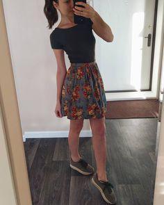 Юбка, американский хлопок, юбка со склалками, юбка с карманами. 3 отметок «Нравится», 1 комментариев — создаю одежду (@kseniacvetko) в Instagram: «За окном метель, а у меня 🌸🌷🌻🌺🌼 Заглядывайте в мою мастерскую одежды @atele_by_kseniacvetko там…»