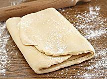 Piadina romagnola con strutto o olio e senza lievito