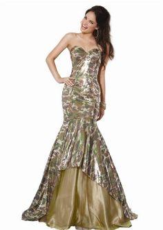8f17e5d2772 Camo hourglass formal dress Prom Dress Fails