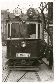 Bonde, Train Art, Old Money, History Photos, Commercial Vehicle, Budapest Hungary, Vintage Photography, Old Photos, Berlin