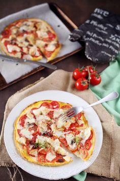 Quand l'omelette rencontre la pizza, ça donne l'omelette-pizza ! C'est tout simple et ça nous a régalé. Sur une omelette assez fine, j'ai déposé des rondel