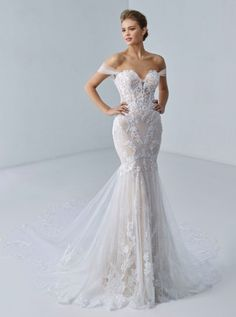 Vows Bridal, Blush Bridal, Allure Bridals, Wedding Gown Sizes, Wedding Gowns, Wedding Hair, Wedding Stuff, Designer Wedding Dresses, Rosa Clara