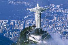 CRISTO REDENTORE DI NOTTE   Reportage Brasile: Il Corcovado e il Cristo Redentore