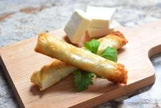 Cheese rolls are nothing new to the appetizer world, but what distinguishes the Lebanese version is the type of cheese and dough Recipes With Beef And Vegetables, Healthy Beef Recipes, Chilli Recipes, Ground Beef Recipes Easy, Vegetable Recipes, Meat Recipes, Appetizer Recipes, Crockpot Recipes, Recipies